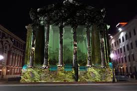 LUNA Fete installation projected on Gallier Hall